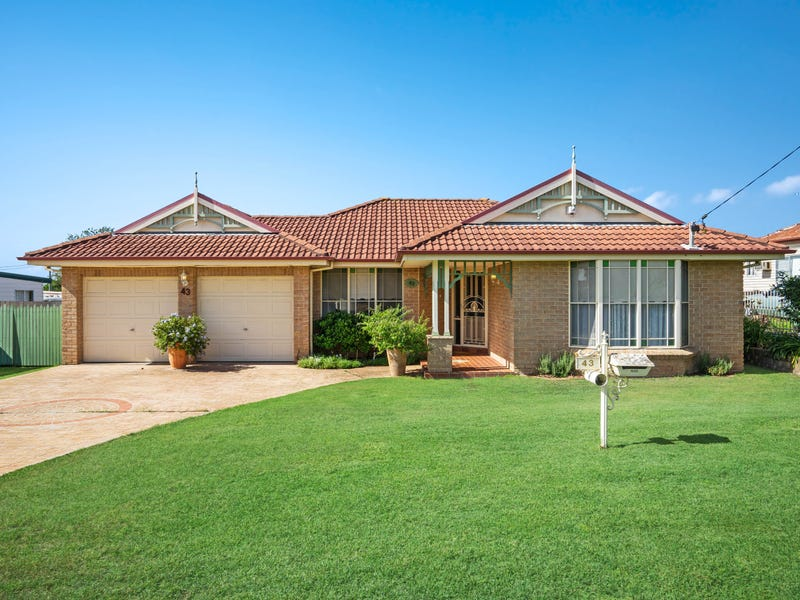 43 Church Street, East Branxton, NSW 2335
