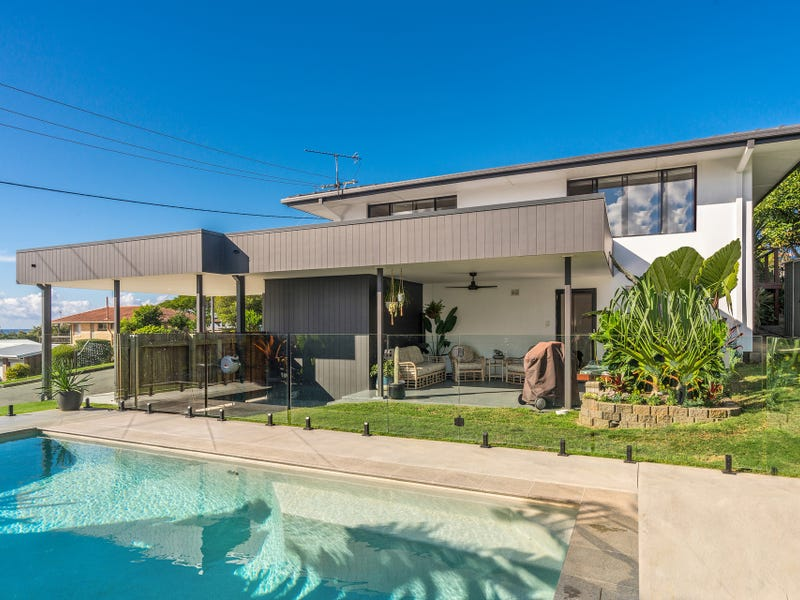 1 Walter Crescent, Banora Point, NSW 2486