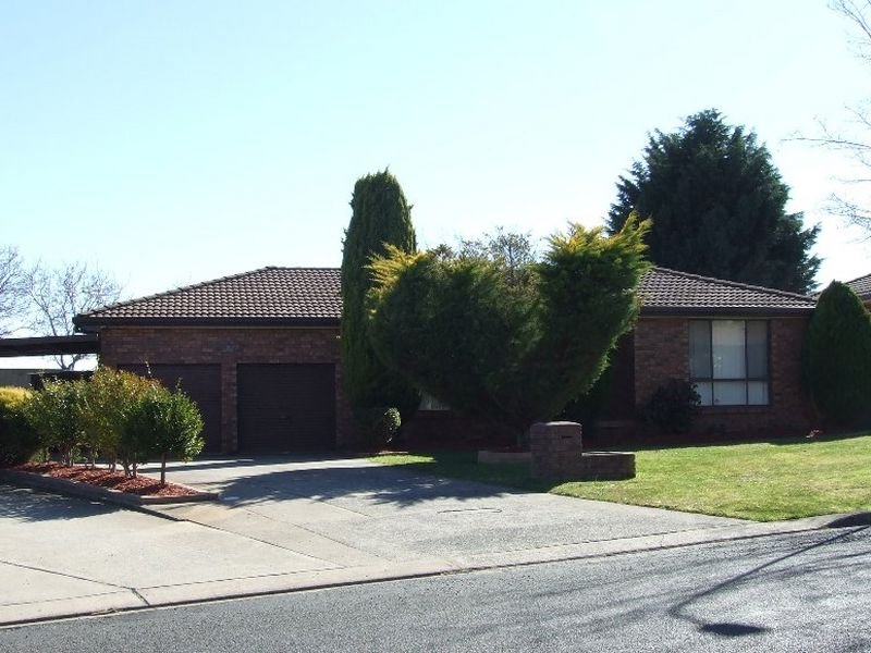 24 James Sheahan Drive, Orange, NSW 2800