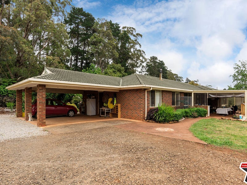 35 Link Road, Silvan, Vic 3795