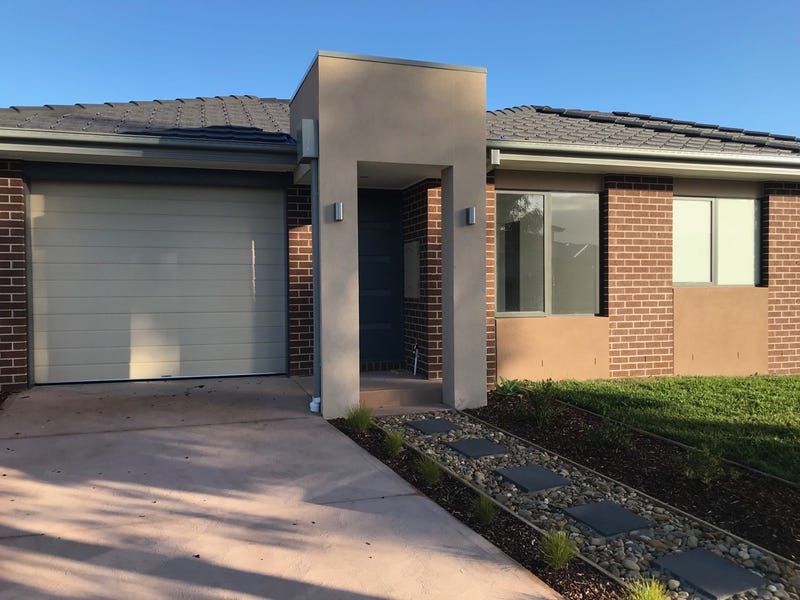 27 Canmore Street, Cranbourne East