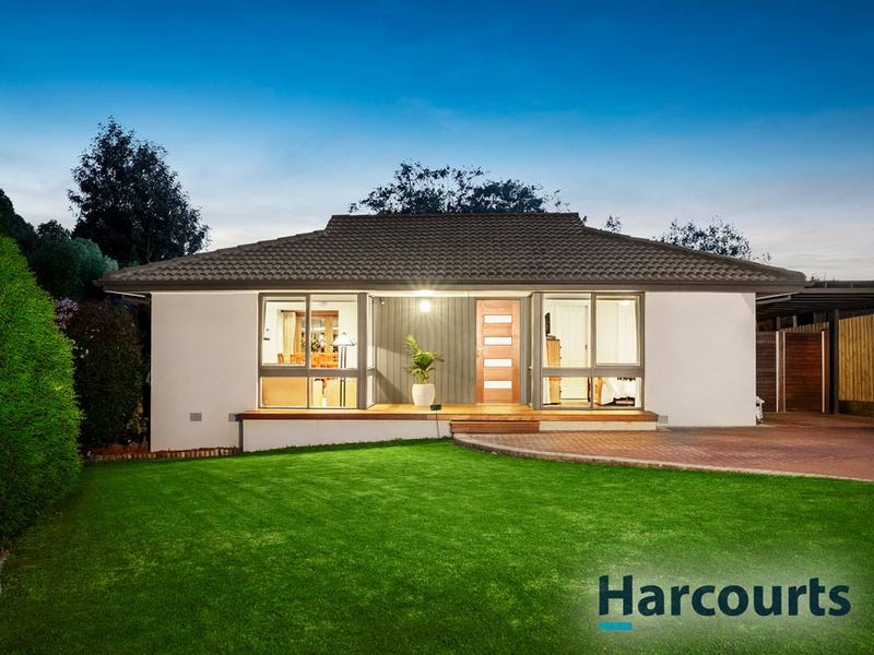 11 Courtney Square, Wantirna, Vic 3152