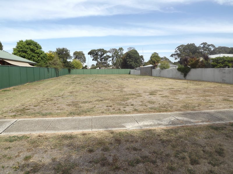 26 Gavan Street, Broadford, Vic 3658