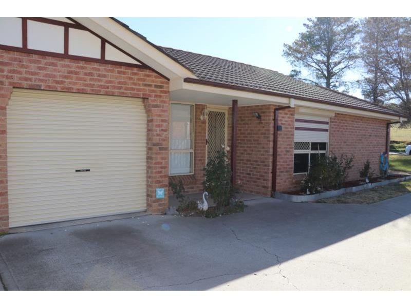 1/64 Bonnor Street, Kelso, NSW 2795