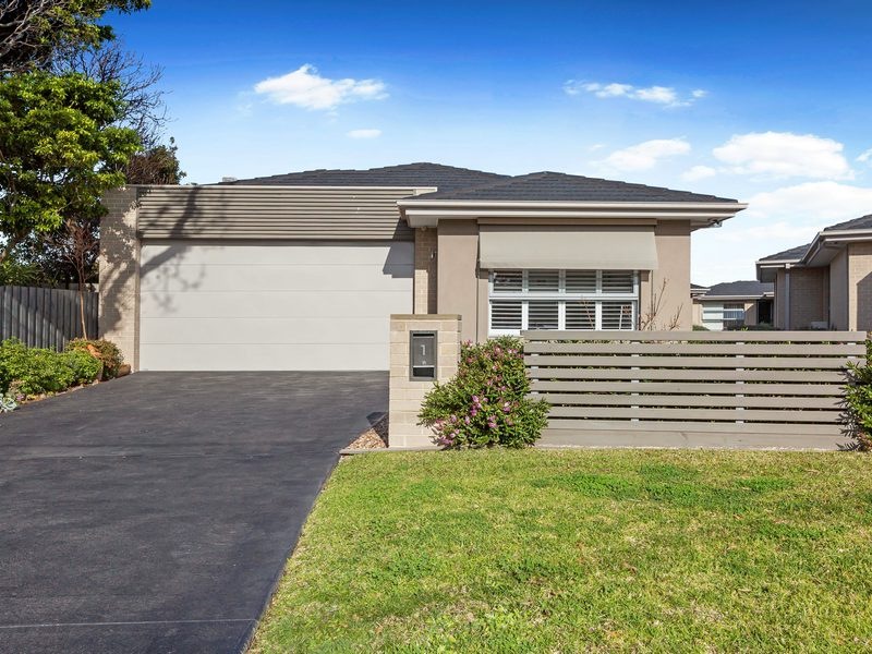 1/26 Macdonald Grove, Mornington, Vic 3931