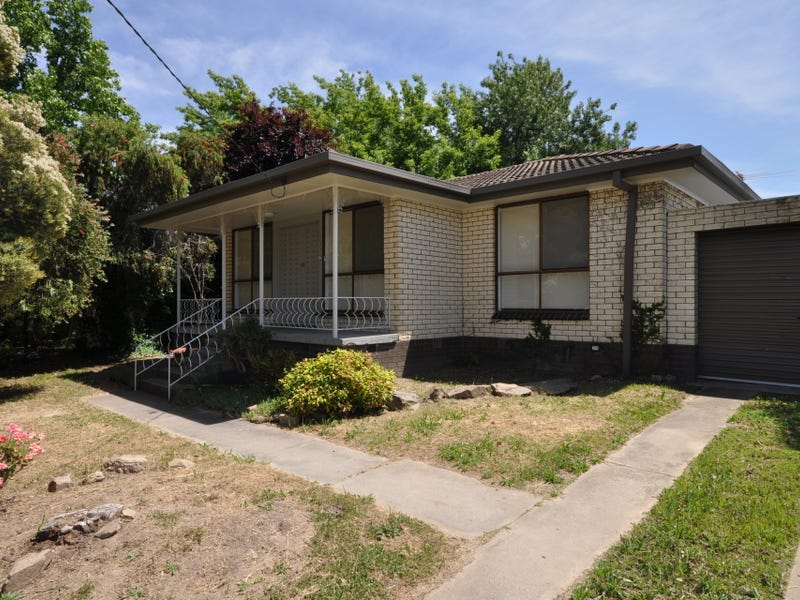 304 Cheyenne Drive, Lavington, NSW 2641