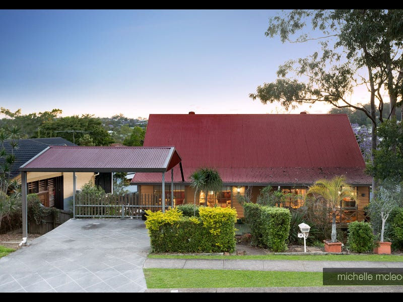 34 Chapel Hill Road, Chapel Hill, Qld 4069