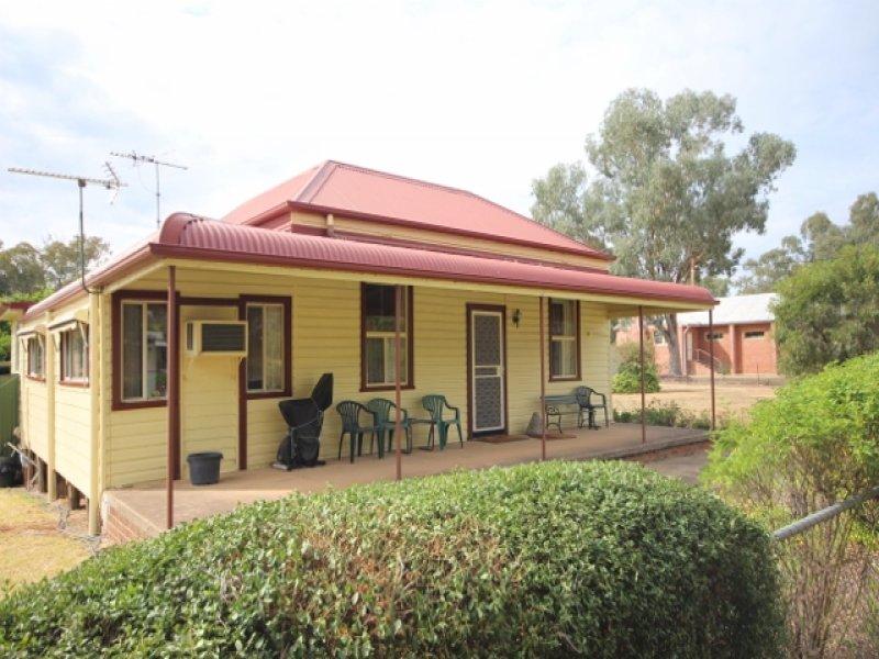 58 Mate Street, Humula, NSW 2652