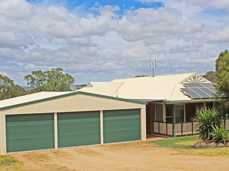 7 Keith Mitchell Dr Rosenthal Heights Qld 4370 House
