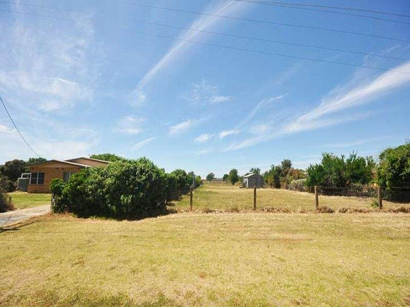 8 Eunony Bridge Road, Gumly Gumly, NSW 2652