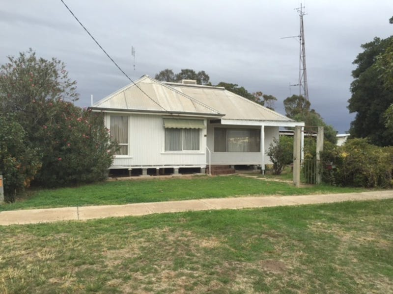 28 Brougham Street, Moulamein, NSW 2733