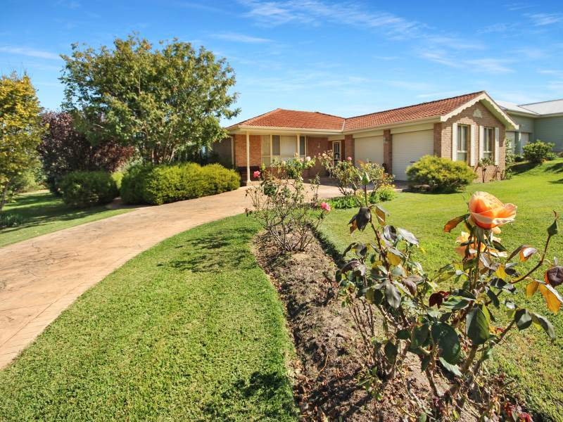 4 Stanstead Close, Scone, NSW 2337