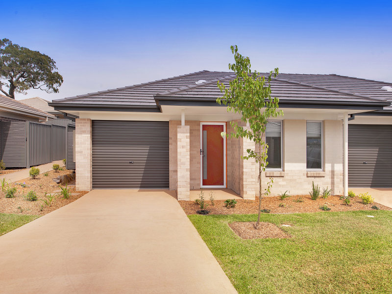 79/100 Gilchrist Drive, Campbelltown, NSW 2560