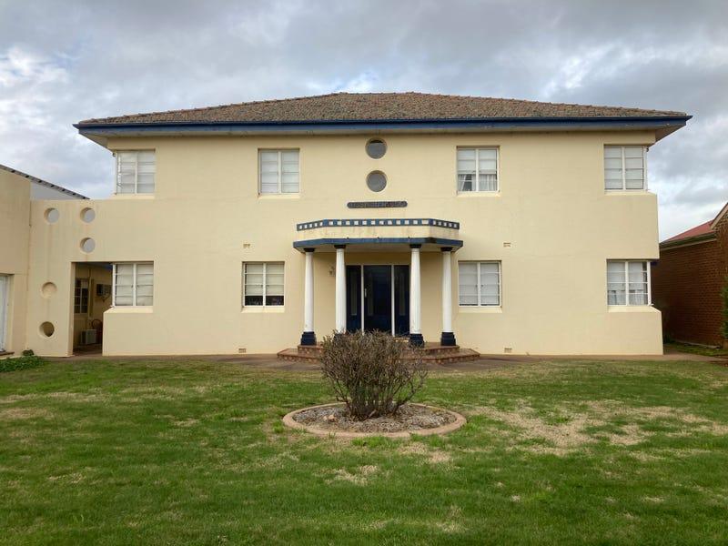 227 Hoskins Street, Temora, NSW 2666