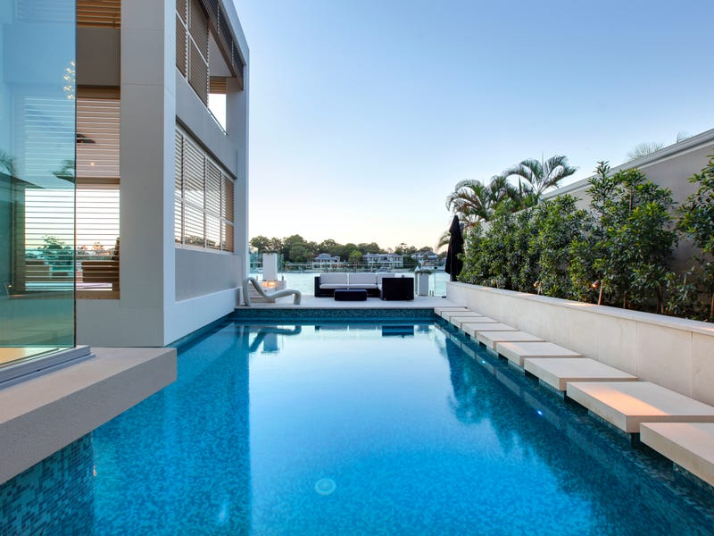 107 Commodore Drive, Surfers Paradise, Qld 4217