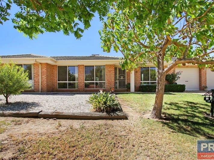 31 Fairbairn Street, Glenroy, NSW 2640