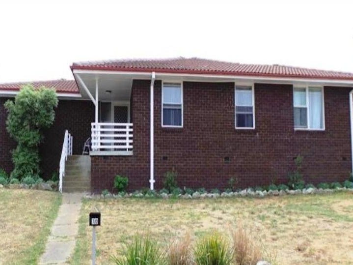 10 McKibbin Place, Bathurst, NSW 2795