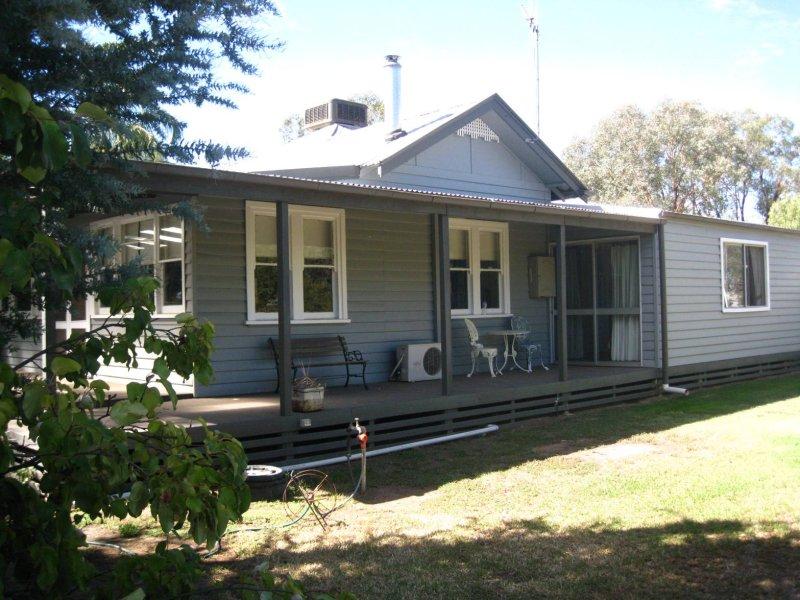 42 Holmes Road, Yarrawonga, Vic 3730