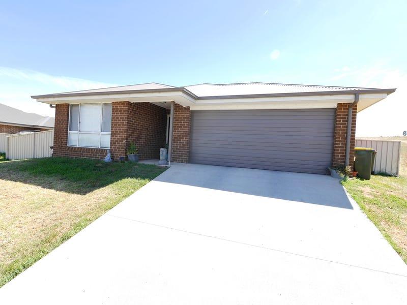 2 Burgundy Street, Cowra, NSW 2794