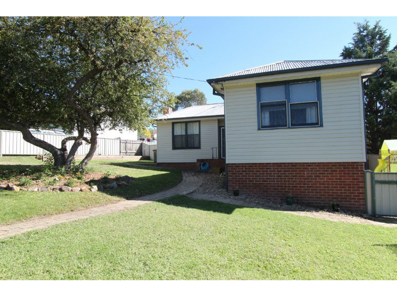 3 Annesley Street, West Bathurst, NSW 2795