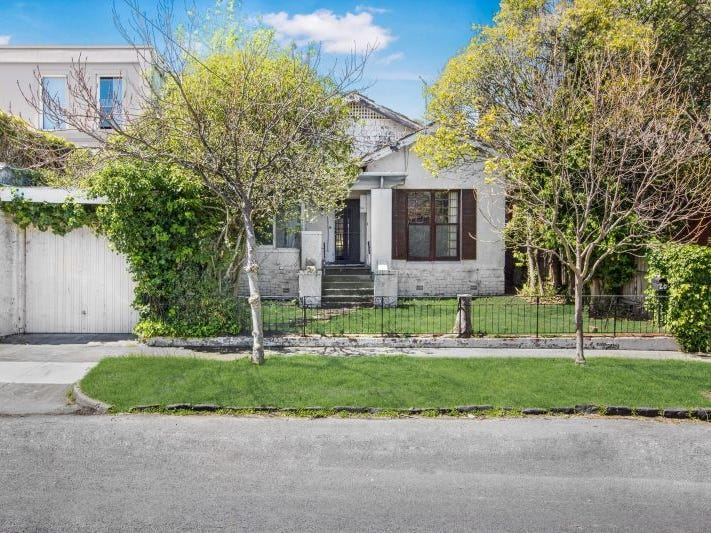 20 Cloverdale Avenue, Toorak, Vic 3142