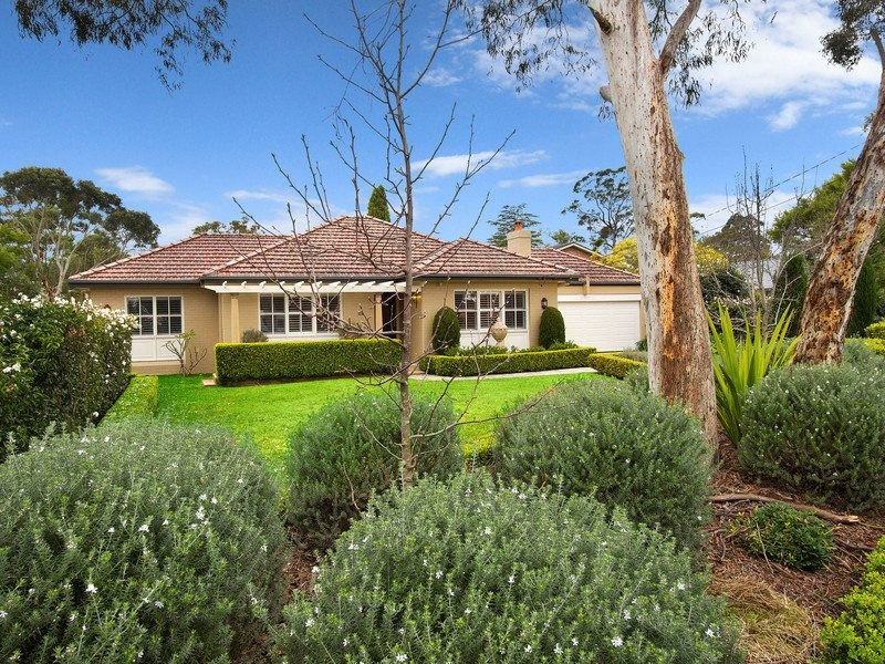 19 Awatea Road, St Ives Chase, NSW 2075