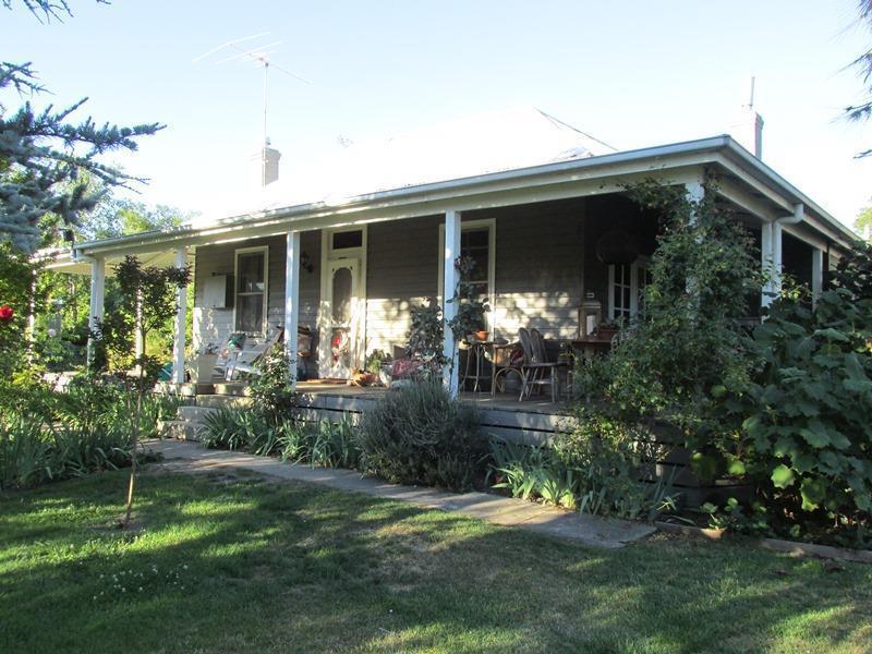1 Kraus Lane, Beechworth, Vic 3747