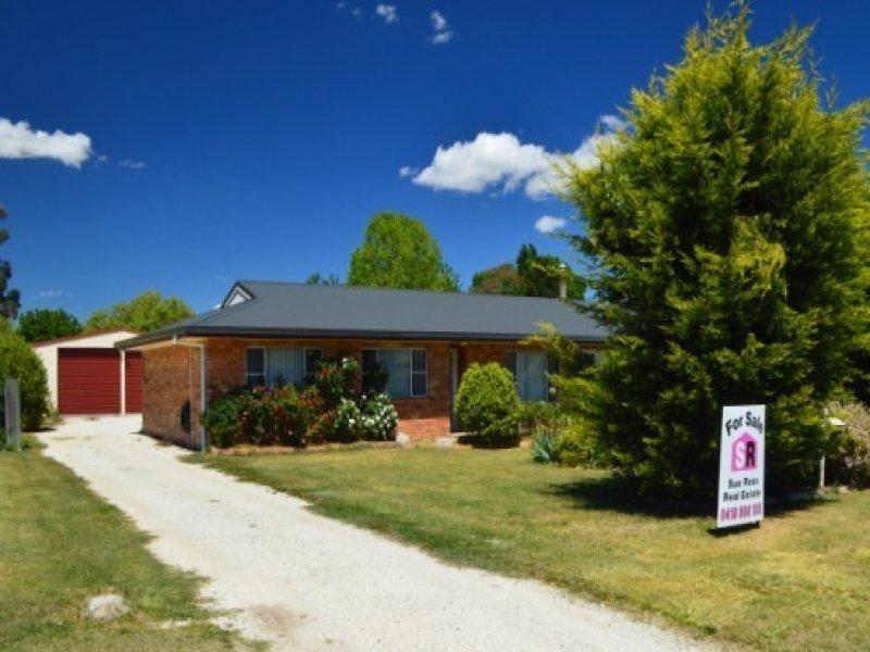 16 Wirruna Street, Guyra, NSW 2365