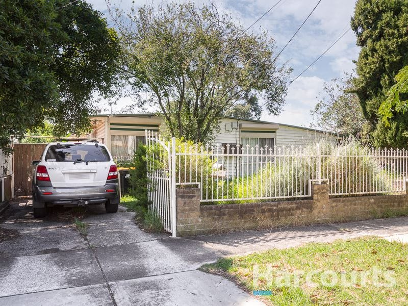 37 Simpson Drive, Dandenong North, Vic 3175