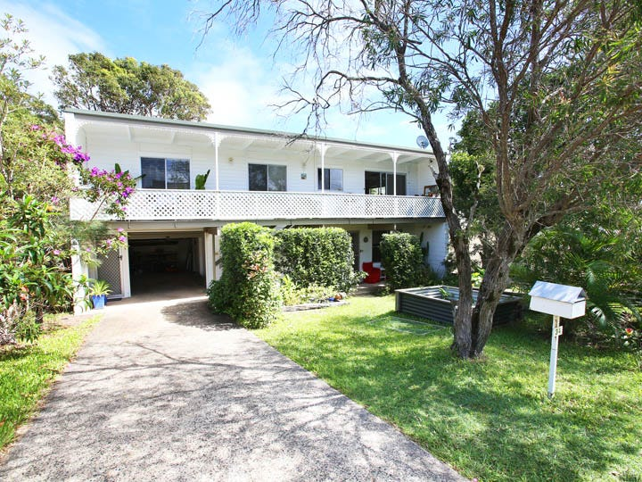 34 Ironbark Avenue, Sandy Beach, NSW 2456