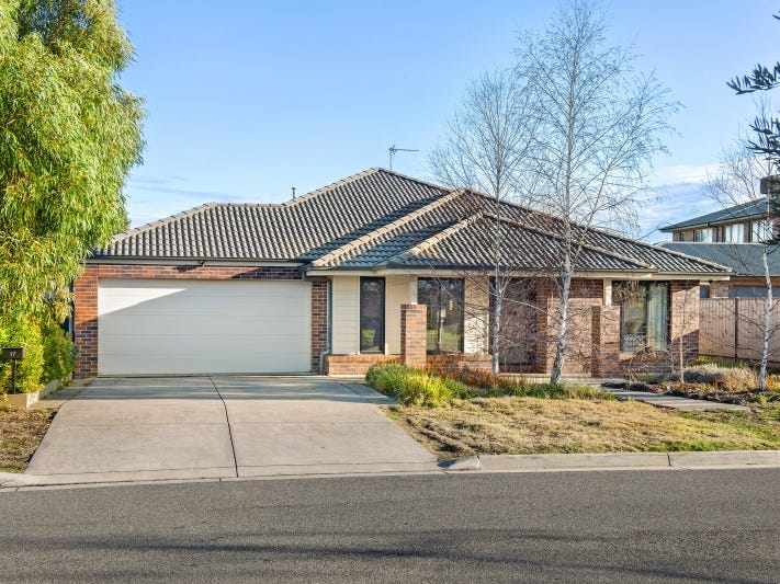 17 Jonathan Court, Brown Hill, Vic 3350