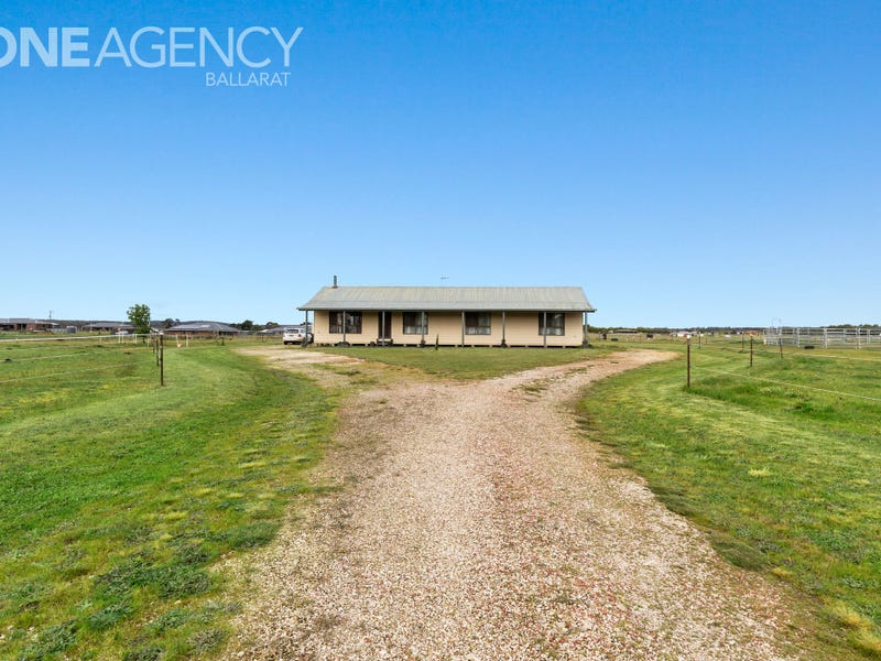 101 Racecourse Road, Haddon, Vic 3351