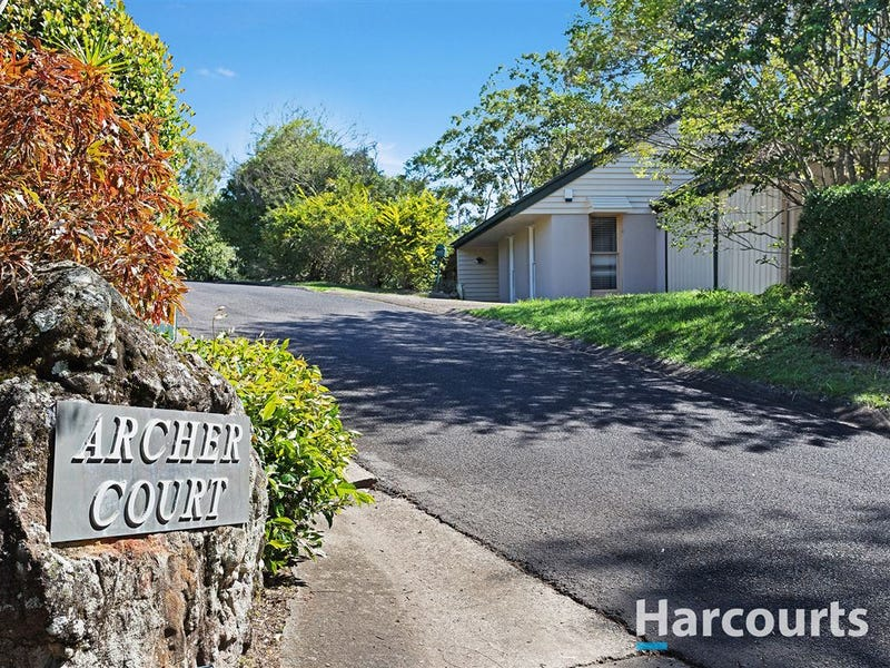 8 Archer Court, Mount Ommaney, Qld 4074