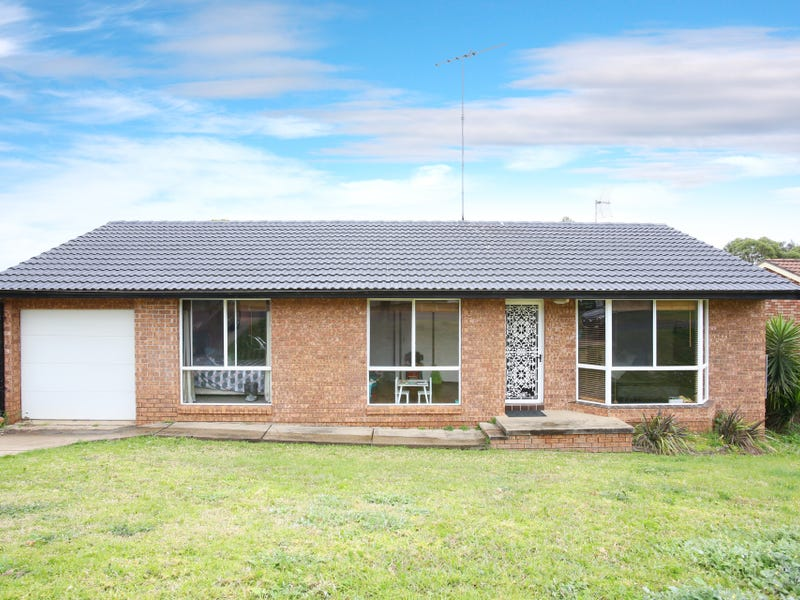 28 Burringjuck Street, Leumeah, NSW 2560