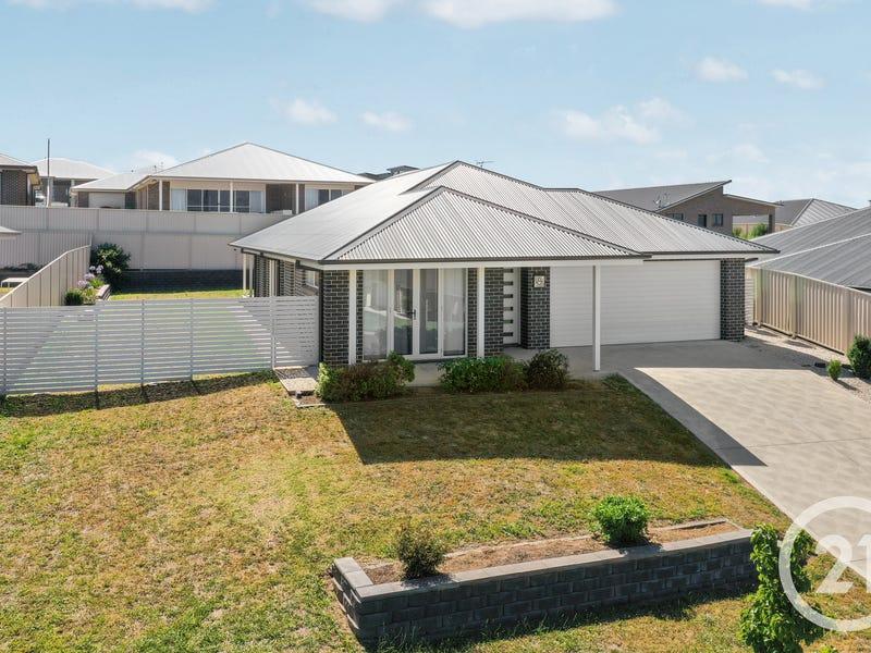 8 McGillan Drive, Kelso, NSW 2795