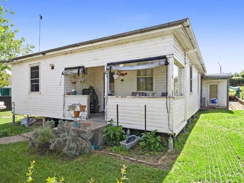 2 Humble Street, Willow Tree, NSW 2339