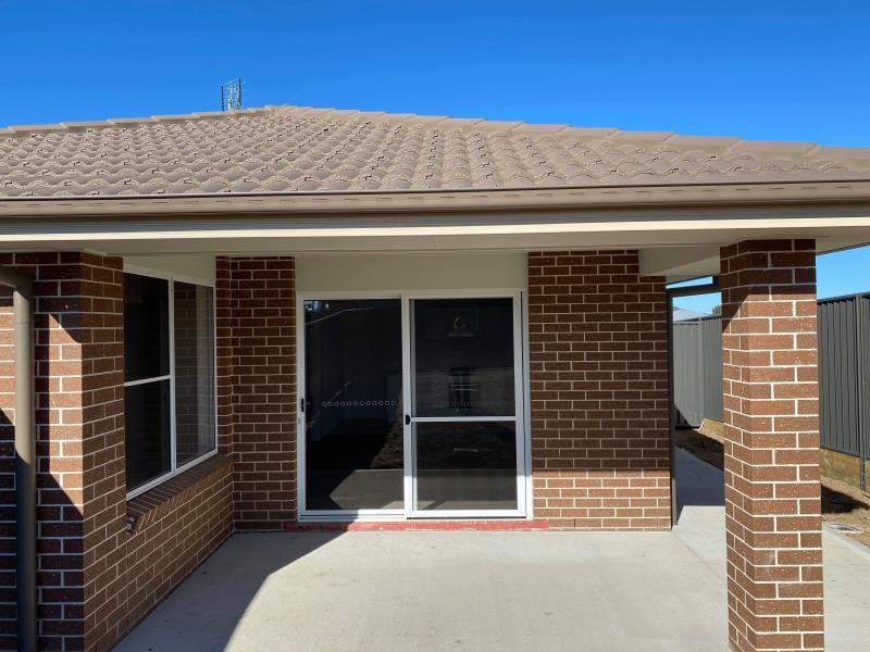 2/23 Reginald Drive, Kootingal, NSW 2352