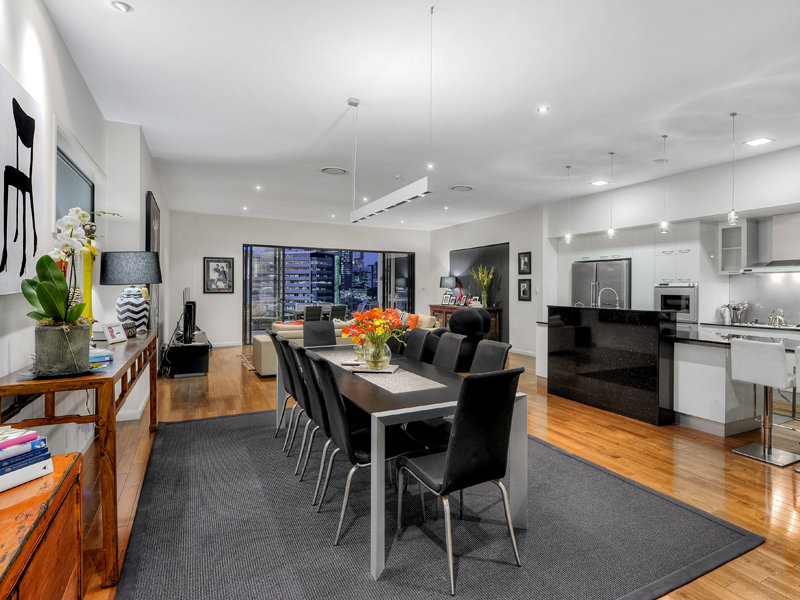 36 Dorchester Street, South Brisbane, Qld 4101