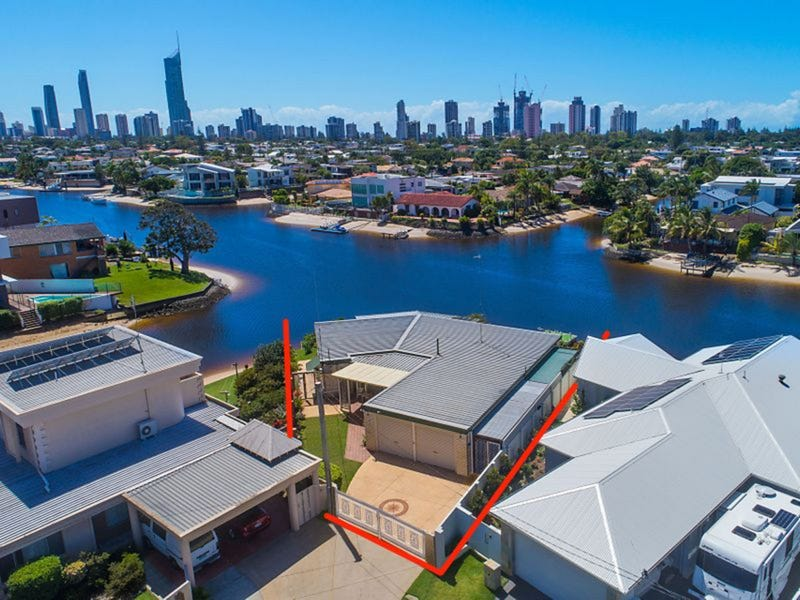 15 San Michele Court, Broadbeach Waters, Qld 4218