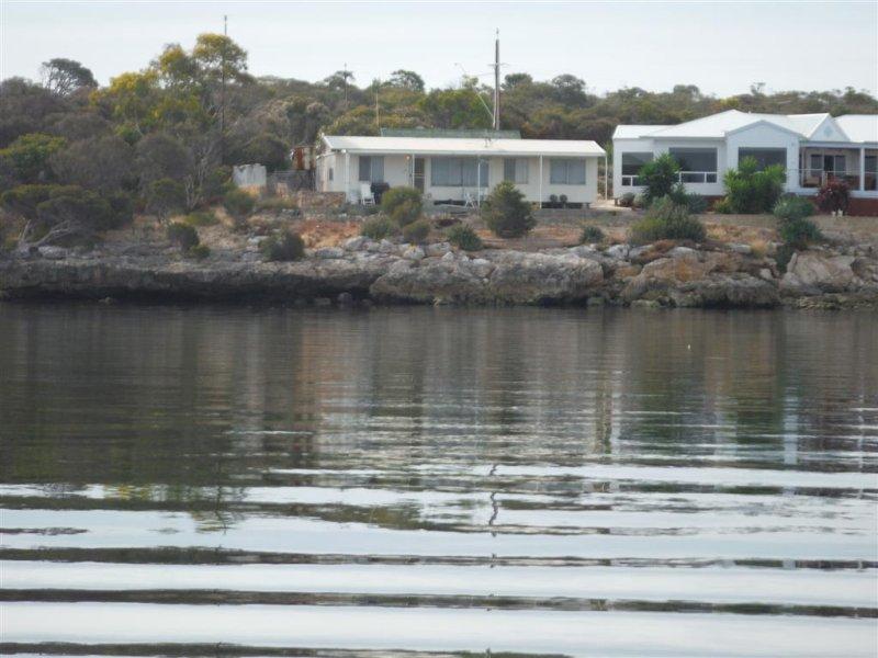 488 Dolphin Drive, Mount Dutton Bay, SA 5607