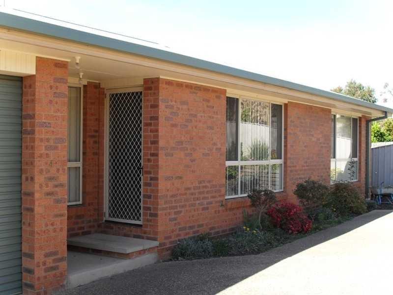 4/30 Howick Street, Tumut, NSW 2720