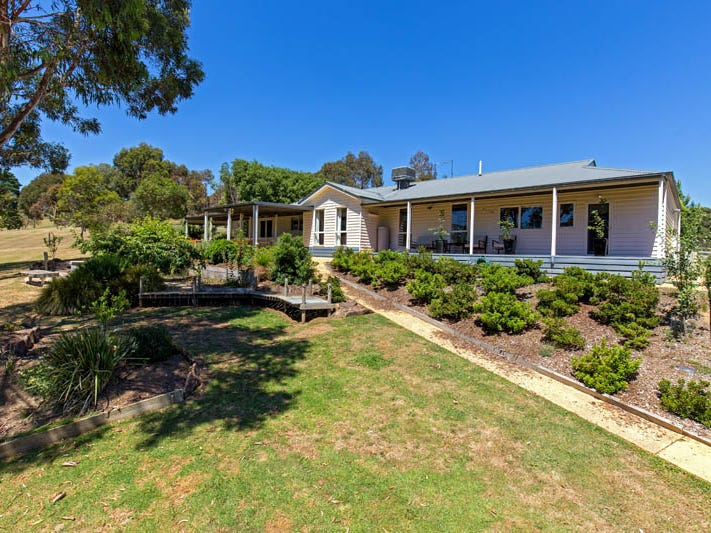 70  Edward Staff Drive, Kinglake, Vic 3763