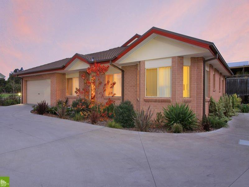 10/4 Forest Grove Dr, Kanahooka, NSW 2530