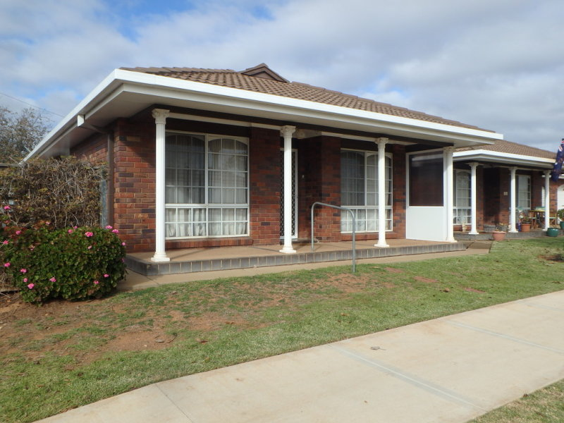 1/101 Crowley Street, Temora, NSW 2666