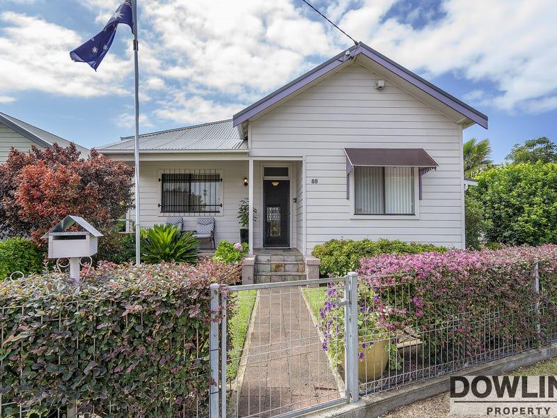 88 Fullerton Street, Stockton, NSW 2295
