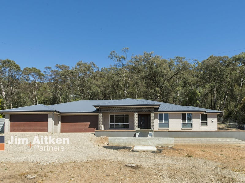 17 Riverbank Drive, Emu Heights, NSW 2750