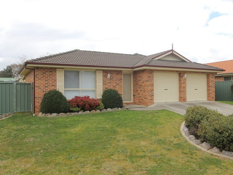 11 Amber Court, Goulburn, NSW 2580