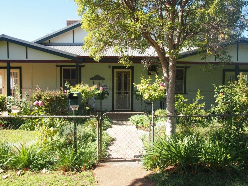 5 L'Estrange Street, Condobolin, NSW 2877