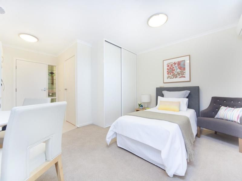 238/840 Military Road, North Haven