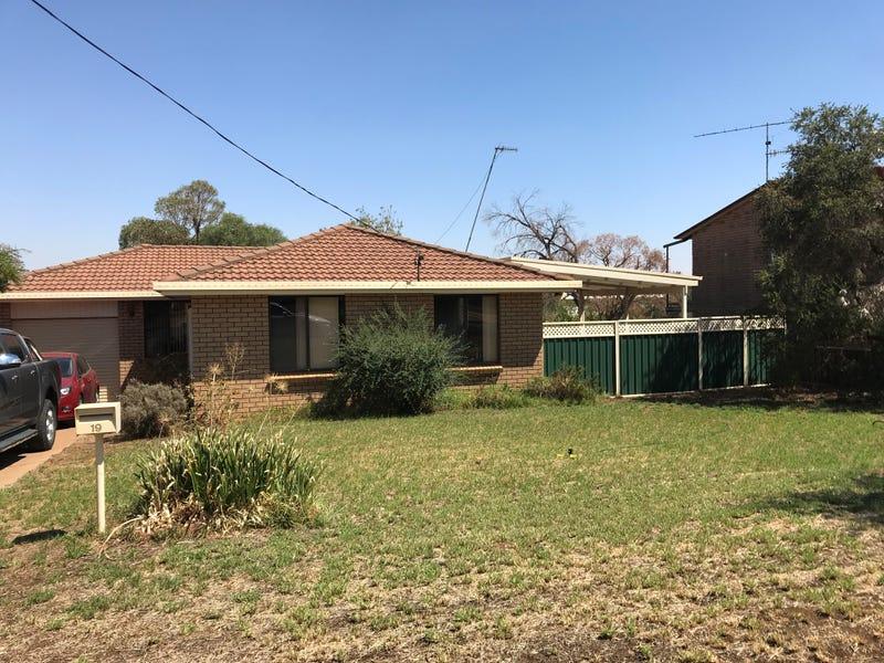19 McGregor Street, Condobolin, NSW 2877